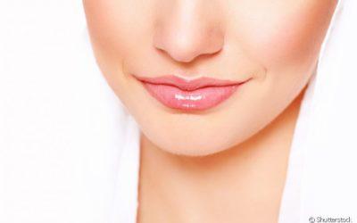 Esfoliação labial: por que fazer? Dermatologista explica os benefícios deste procedimento