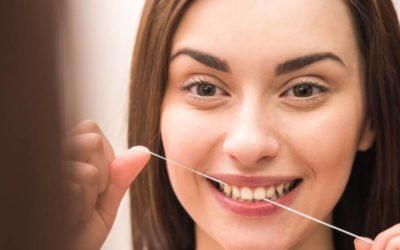 Como é a escovação dos dentes de um adulto?