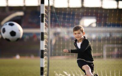 Futebol, natação: Conheça excelentes opções de atividades para o seu filho praticar