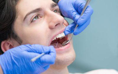 Raspagem ou cirurgia: conheça as formas de tratamento da periodontite