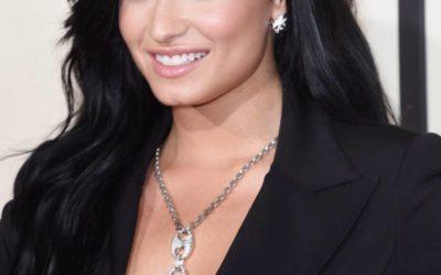 Demi Lovato, Justin Bieber, Adele: confira a seleção dos dentes mais bonitos que passaram pelo Grammy Awards 2016
