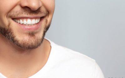Flúor faz mal? Dentista comenta o que é mito e verdade sobre o assunto