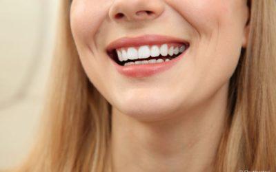 Dente incisivo implantado: qual é a importância de substituir logo esse elemento perdido?