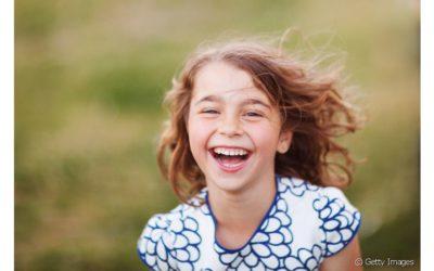 Crianças podem usar enxaguante bucal? Dentista esclarece essa dúvida