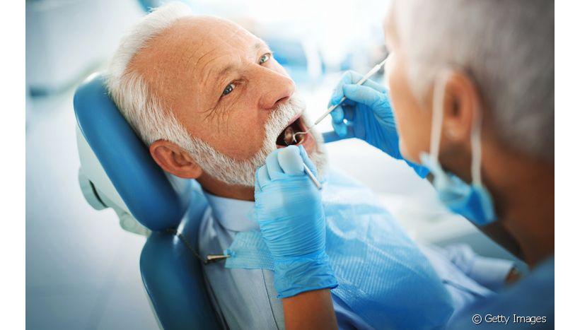 O que pode impossibilitar a instalação de implantes dentários?