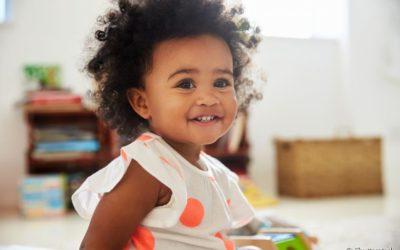 Tudo sobre dentes de leite: nascimento, fase de troca e possíveis problemas bucais que podem afetar seu filho