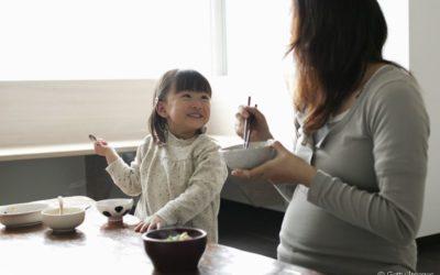 Cuidados com a alimentação durante a gravidez devem ser redobrados. Entenda o por quê