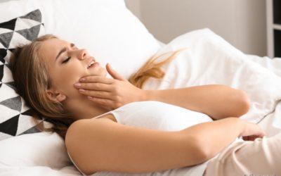 Bruxismo noturno pode prejudicar uma boa noite de sono. Será que você sofre com esse problema?