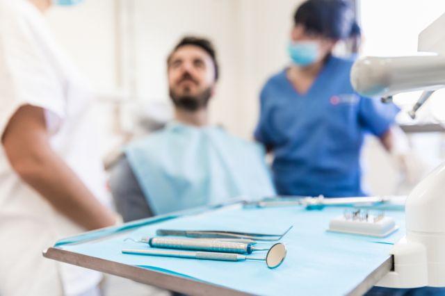 Implante de carga tardia: o que é e como funciona?