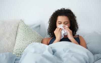 Coronavírus pode ser pego pela saliva? Saiba como prevenir + sintomas do vírus