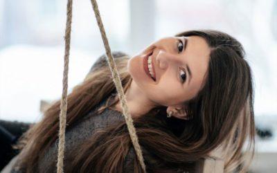Diastema pode acontecer pelo acúmulo de placa bacteriana nos dentes?